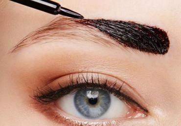 Можно ли окрашивать брови средством для окрашивания волос