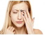 Дергается верхнее веко глаза: возможные причины и способы лечения