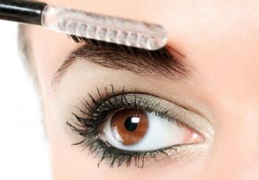 Желантин для красоты бровей: техника ламинирования