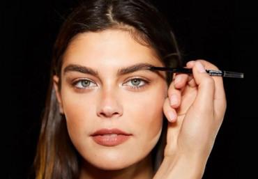 Какие брови модные в 2019 году: тенденции по форме и технике исполнения