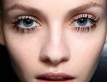 Как достичь модного эффекта паучьих лапок при окрашивании ресниц