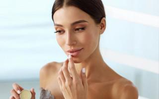 Как ухаживать за губами после татуажа в первую неделю
