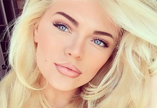 блондинка с коричневыми бровями