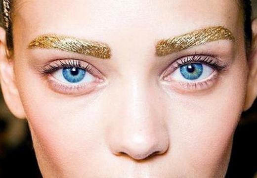 золотые брови