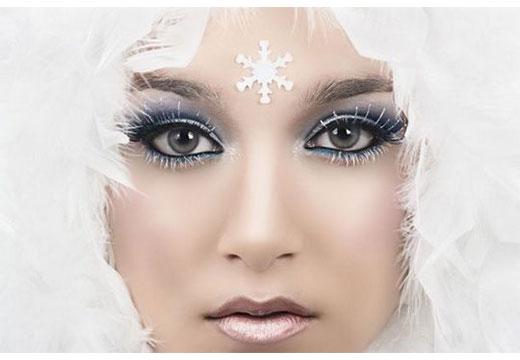 Снежный образ с белой тушью