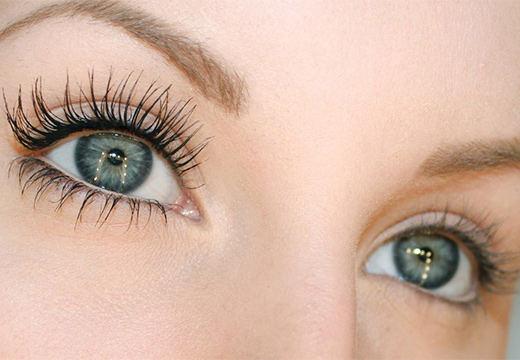 красивые ресницы на глазах