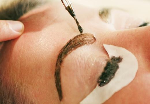 красить брови и ресницы хной