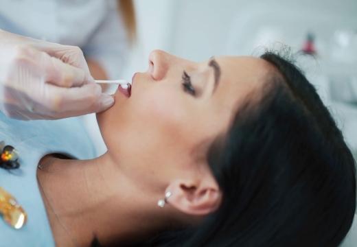 обезболивание губ