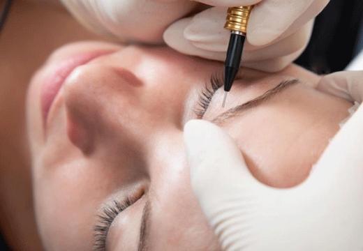 Этапы заживления перманентного макияжа бровей